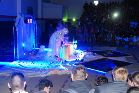 Blacklight Rally hypes Hart student body for Valencia game