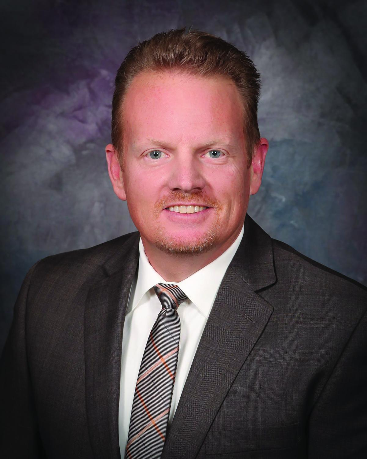 Dr. Collyn Nielsen has served as an administrator for 18.5 years at Hart High School, with his first year in 1998.