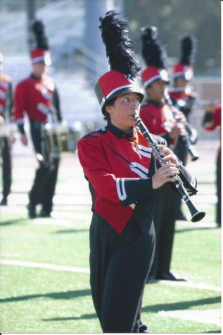 Dana Sorensen, a four-year member of the Hart Regiment, plays her clarinet in a performance with the Hart band. (published with permission from Dana Sorensen)
